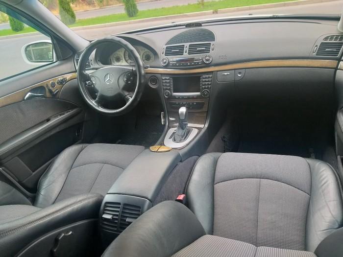 Mercedes-Benz E 320 2003. Photo 3