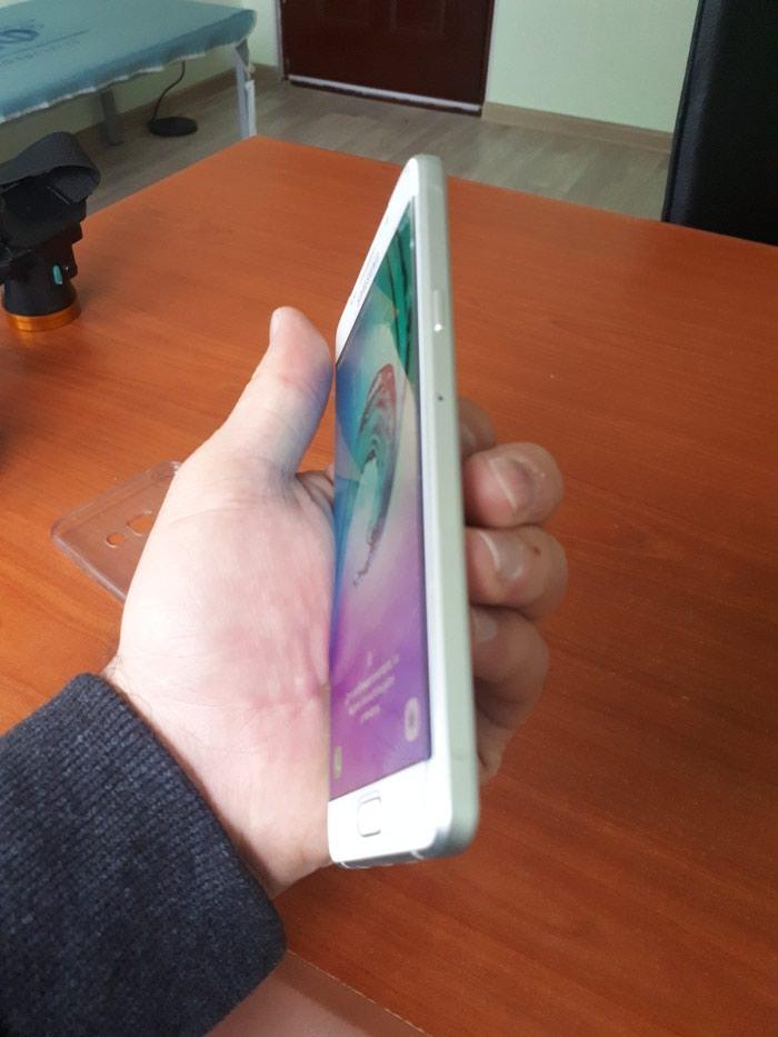 Samsung Galaxy a5 2016 white. . Photo 2