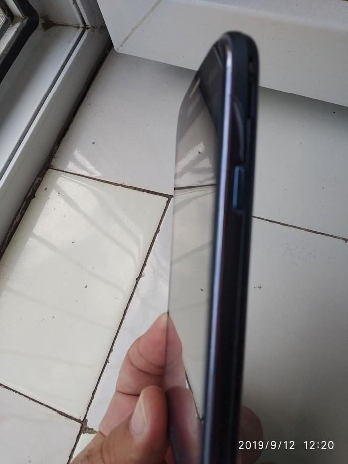 Təmirə ehtiyacı var Samsung GT-C3010 1 GB göy. Photo 2