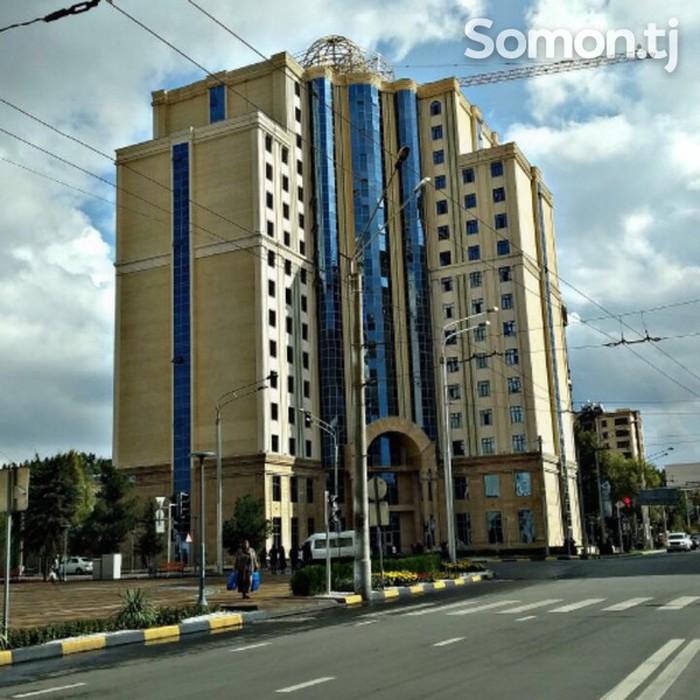 Продается квартира: 2 комнаты, 77 кв. м., Душанбе в Душанбе