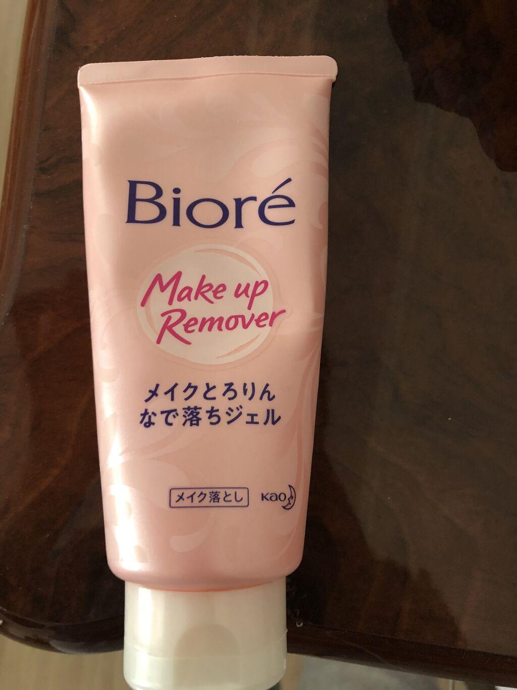 Продаю биоре сыровотку для снятия макияжа использовано 30% из 100%