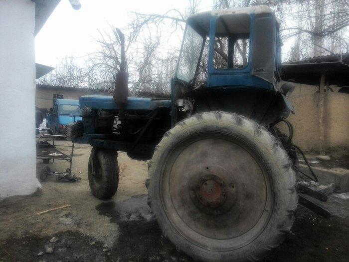Трактор сатылат культиватор селкасы менен в Ноокат