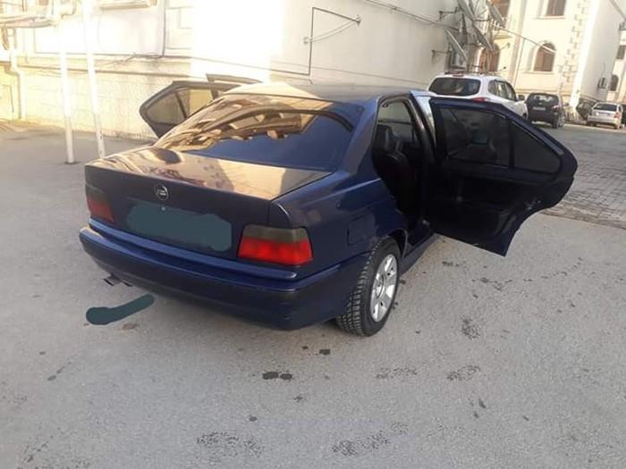 BMW 320 1994. Photo 2