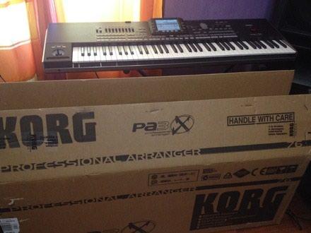 Korg OASYS 88 88-Key Workstation. Photo 1