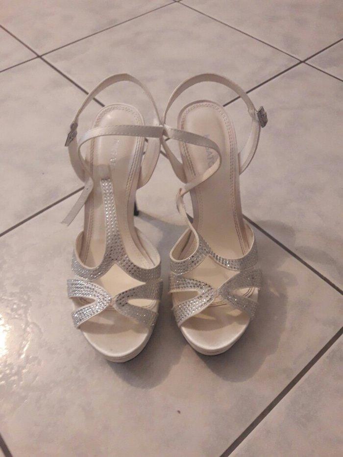 migato νυφικά παπούτσια αξίας 80 €  φορεμενα μια φορά τιμή 40 € νουμερ σε Νέα Σμύρνη