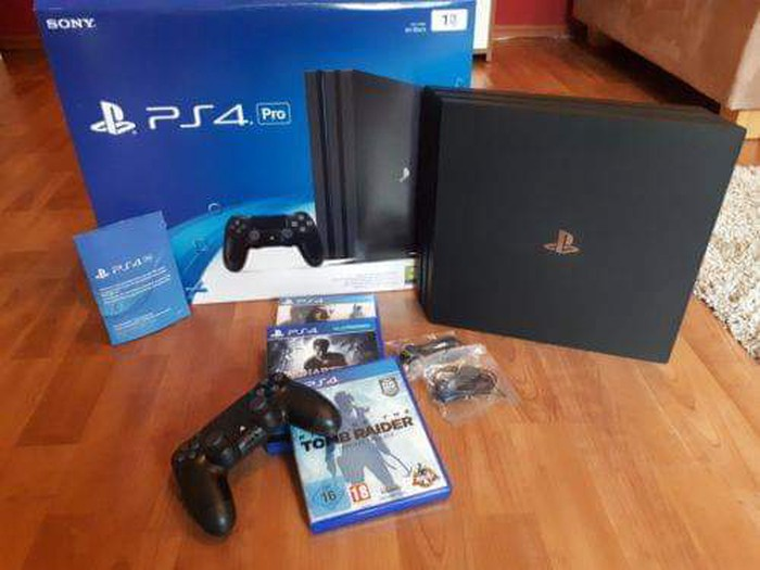 Ολοκαίνουργιο PS4 με 5 δωρεάν παιχνίδια. Photo 1