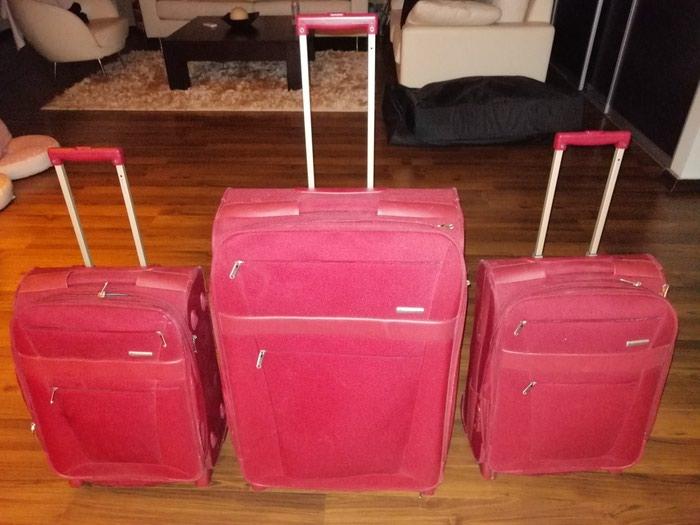 Βαλίτσες DELSEY 3 τεμάχια και ένα σακίδιο hander σε αριστη κατάσταση. . Photo 0