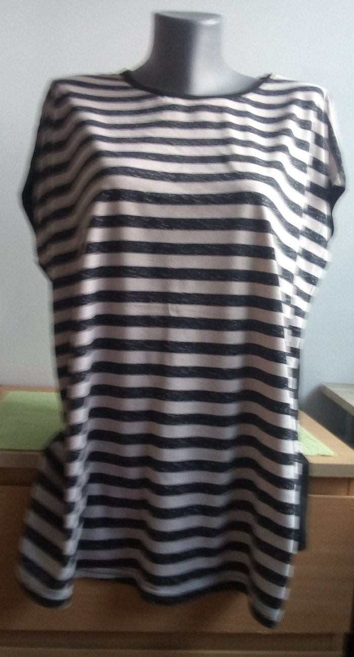 Majica 4xl, materijal pamuk-poliester Nova sa etiketom.. Photo 0