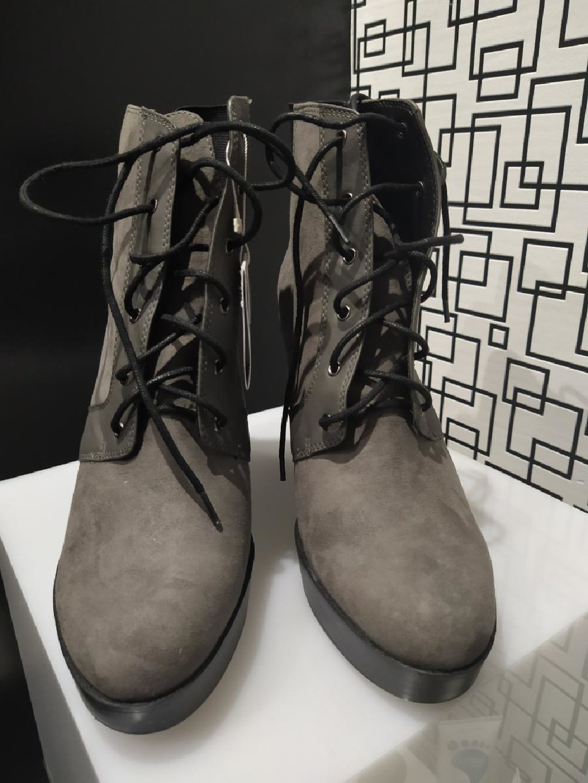 Brand new Zara boots 42 size