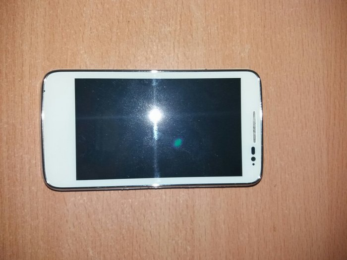 Alcatel one touch 5020x telefon ne radi, radio je normalno i samo je o - Zrenjanin