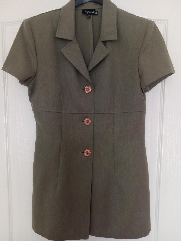 Košulje i bluze - Loznica: Lep lagan duzi sakoic kratki rukav