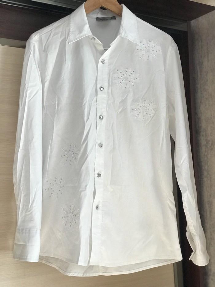 3afedefd83ed29c Рубашка новая за 300 KGS в Бишкеке: Рубашки и блузы на lalafo.kg