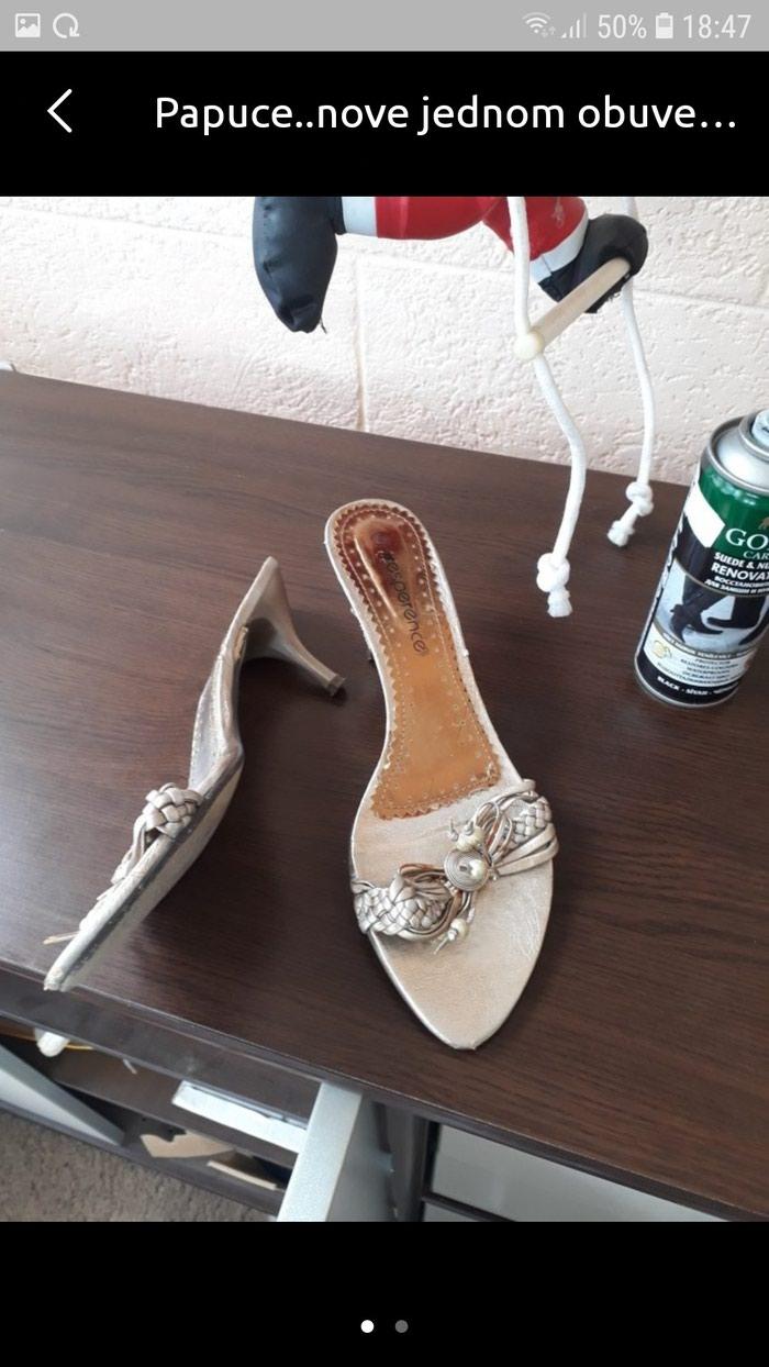 Papuce 38 br..jednom obuvene - Pancevo
