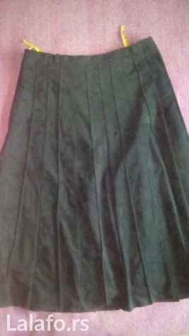 C&a plisirana crna suknja (sa postavom) vel. 40. L, duzina 70cm,. Photo 0
