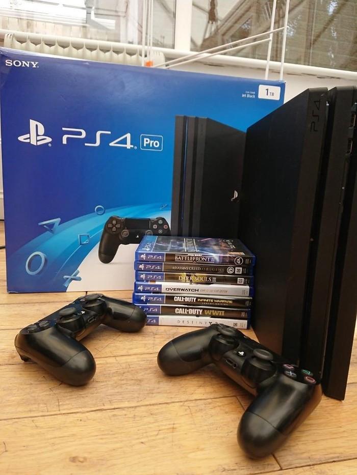 Το Sony PlayStation4 pro έρχεται με πλήρη αξεσουάρ και δωρεάν παιχνίδια