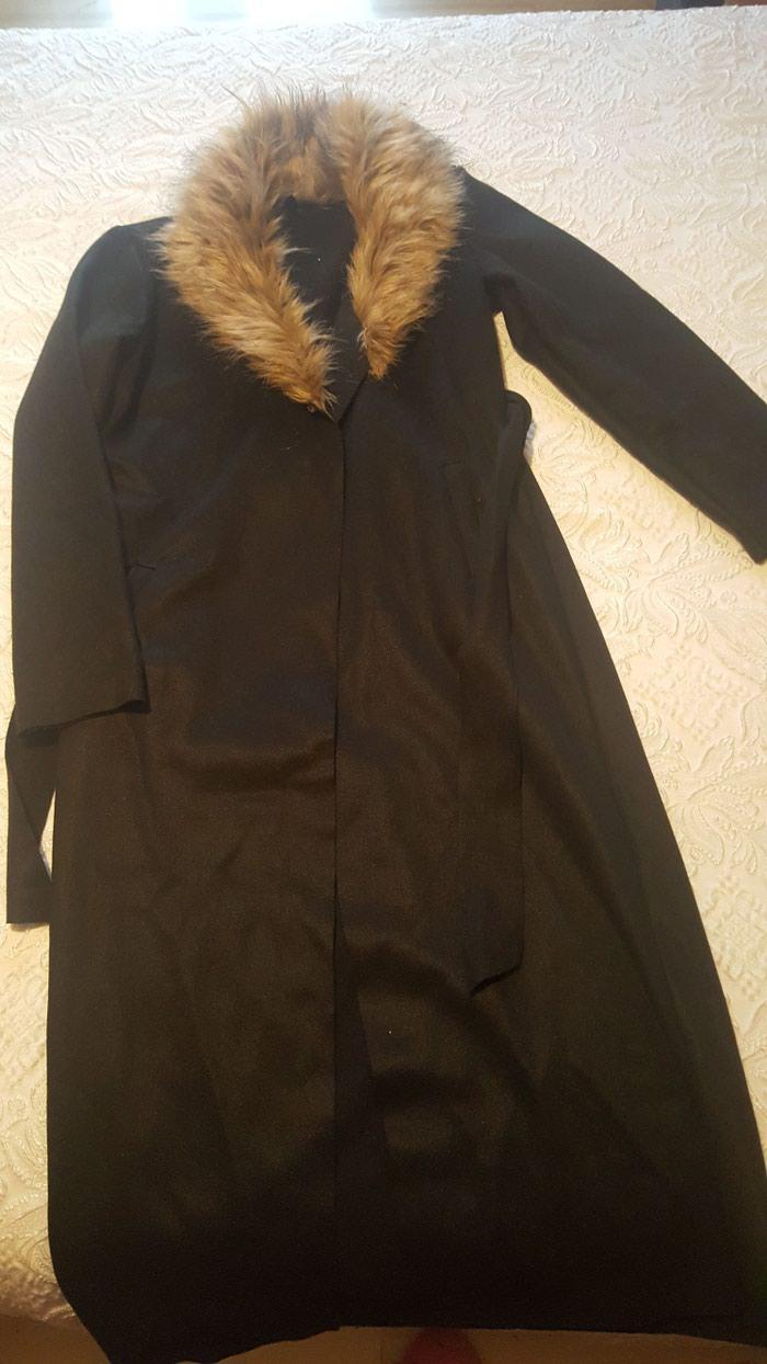 Άλλα - Κέρκυρα: Μαύρο μακρύ ημιπαλτο. με καφέ γούνα στο γιακα κ δέσιμο με.ζωνη