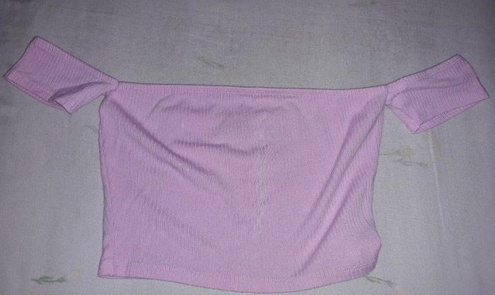 Τοπ ροζ, νουμερο XS. σε Αλμυρός