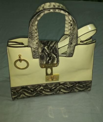 4964f3a0de09 сумка furla (новая) за 500 KGS в Бишкеке: Сумки на lalafo.kg