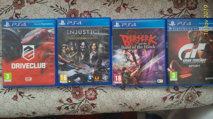 Ps4 4 games . Photo 0