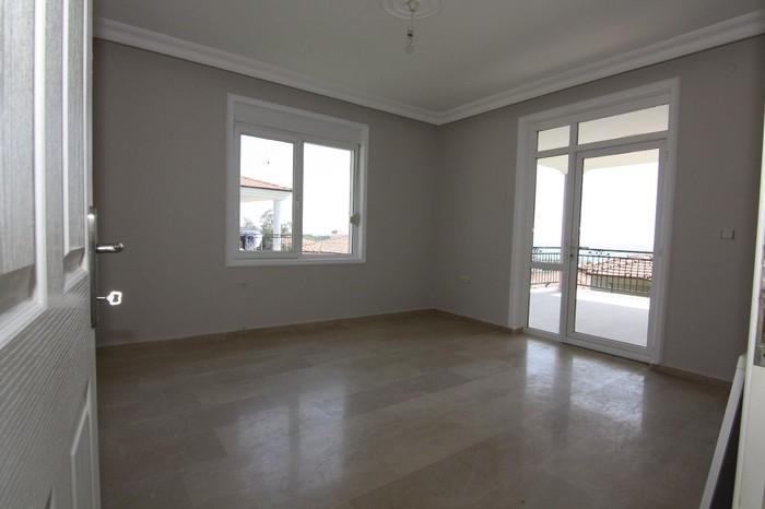 Продажа Дома : 220 кв. м., 6 комнат. Photo 4
