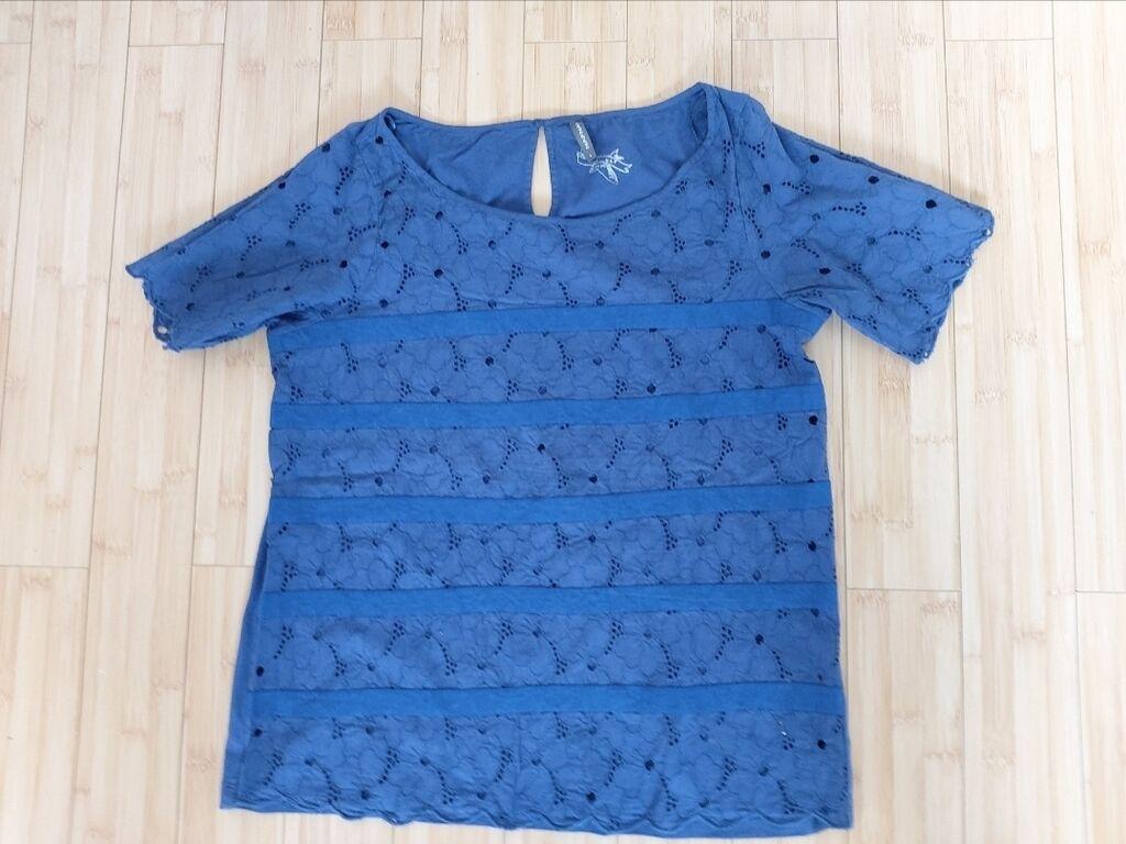 NAFNAF Bluza (svajcarska)NAFNAF Bluza. Broj: L Material: 100%: NAFNAF Bluza (svajcarska)NAFNAF Bluza. Broj: L Material: 100%