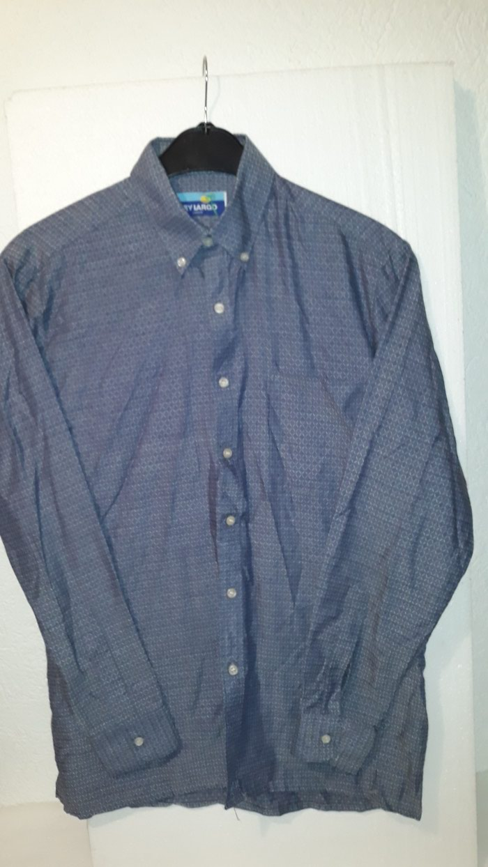 Muška košulja M veličina. Photo 0