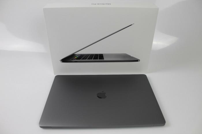 Apple Macbook pro 15. Photo 0