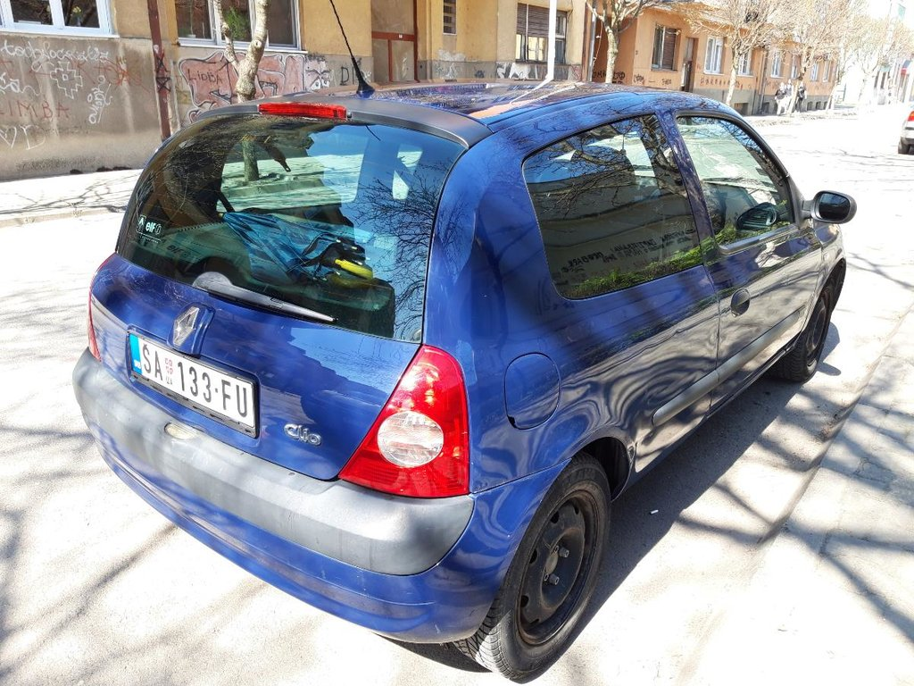 Renault Clio 1.2 l. 2004 | 202907 km