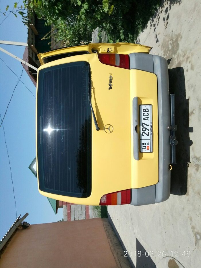 Mercedes-Benz Vito 2000. Photo 1