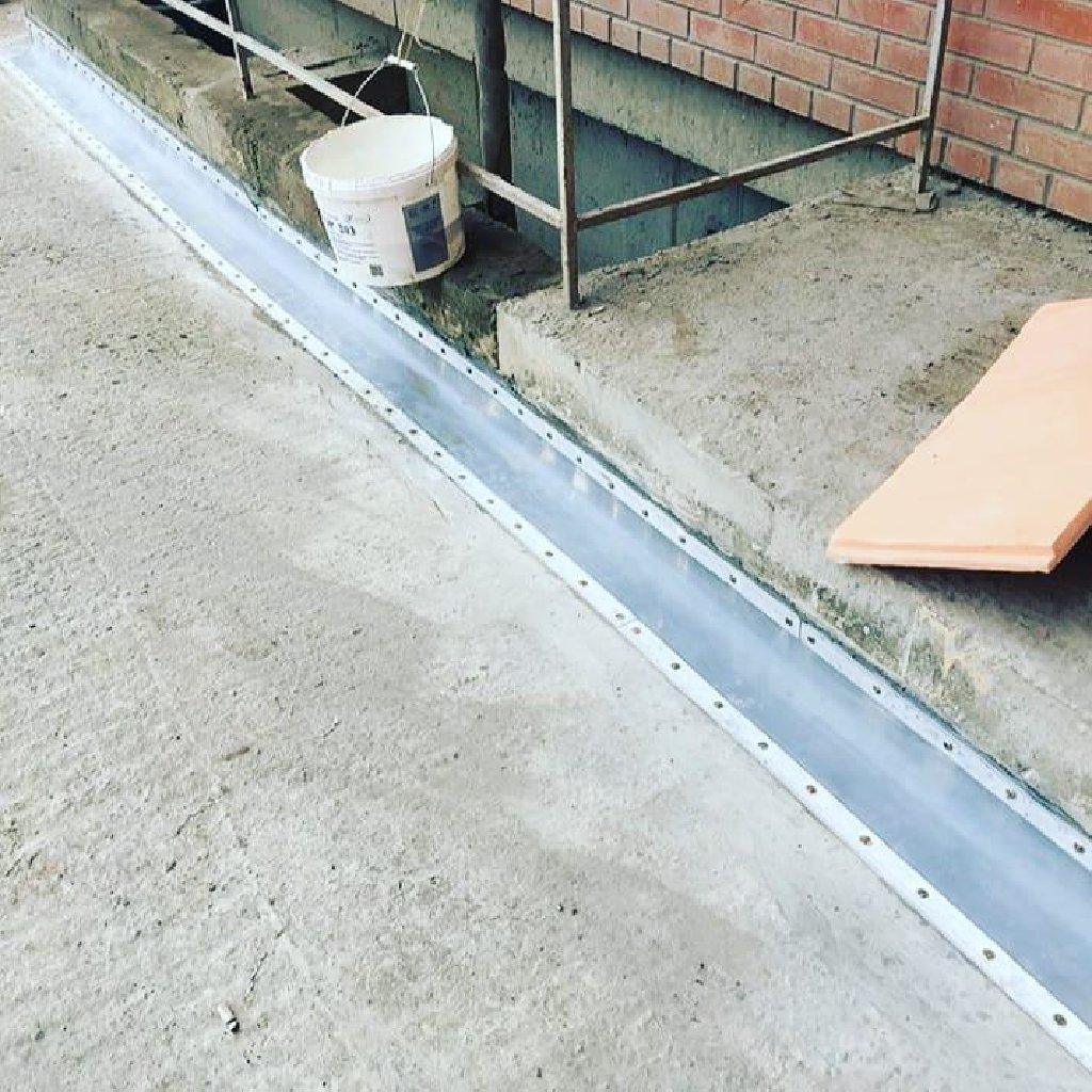 Гидроизоляция мягкой кровли гидроизоляция фундамента див шов примыкания а также осуществление инъектированнием из нутрии бетона