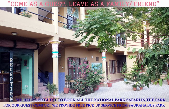 Hotel National Park Is located in sauraha near to city and rapti in Ratnanagar