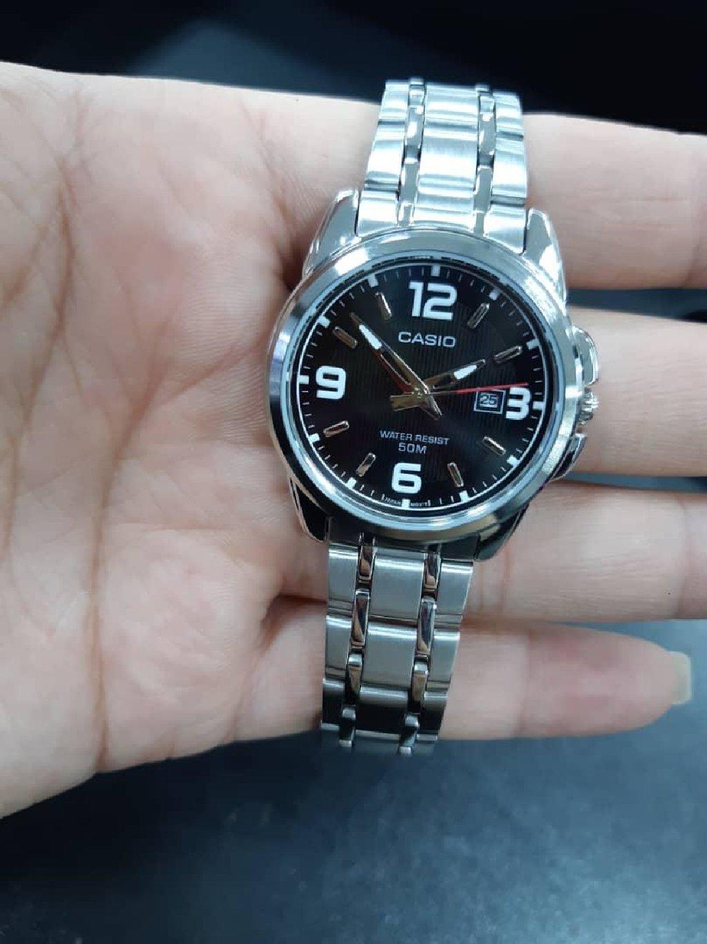 Черные Женские Наручные часы Casio