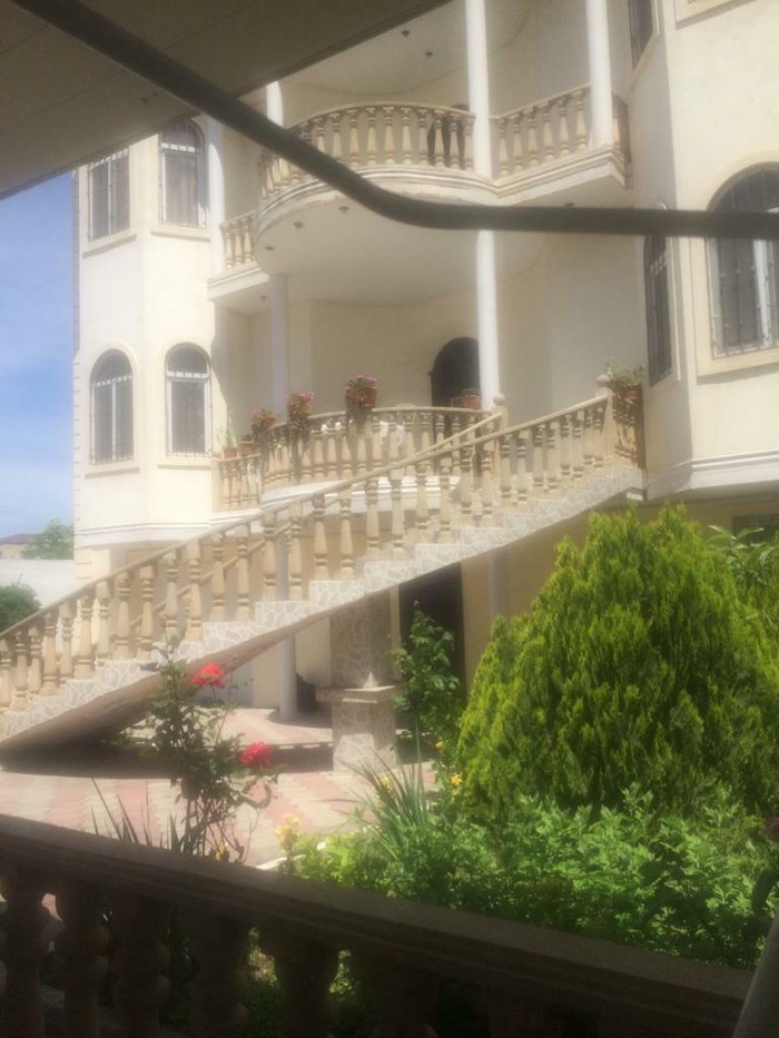 Satış Evlər vasitəçidən: 600 kv. m, 7 otaqlı. Photo 1