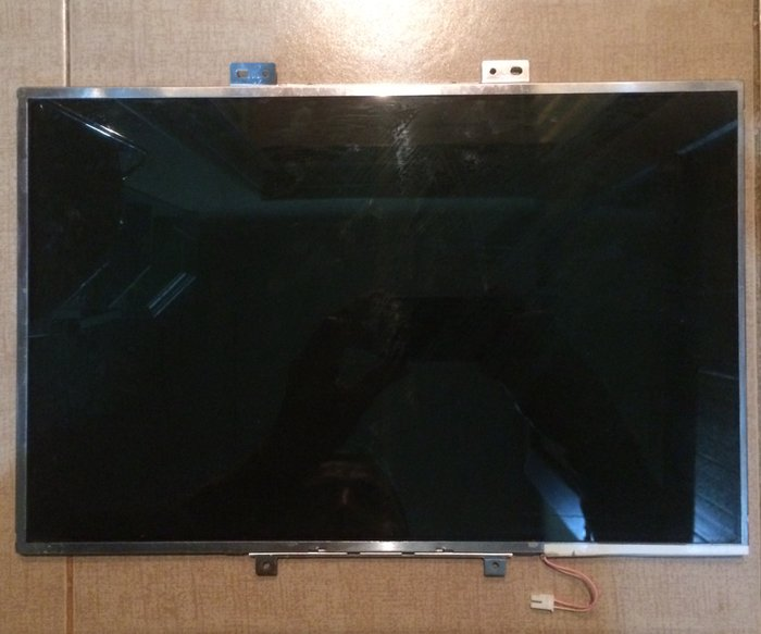 """Ekran 15.4"""" LCD Model : B154EW02  Матрица 15.4"""" LCD Модель : в Баку"""