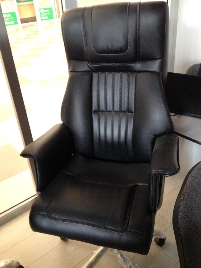 офисное кресло для больших руководителей! крестовина хромированный мет в Бишкек