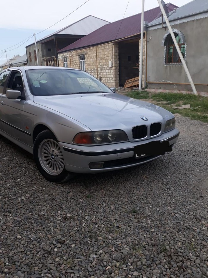 BMW 523 1997. Photo 1