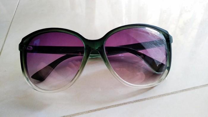 Versace γυαλιά ηλίου αυθεντικά. Photo 4