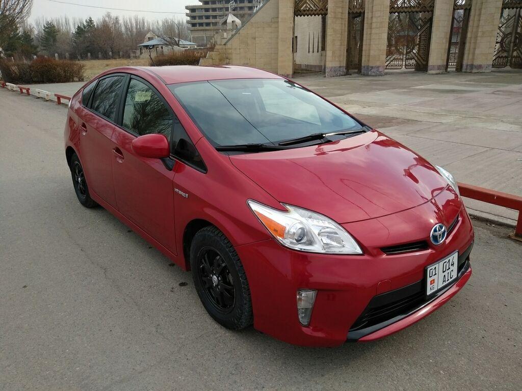 Toyota Prius 1.8 л. 2014   128128 км: Toyota Prius 1.8 л. 2014   128128 км