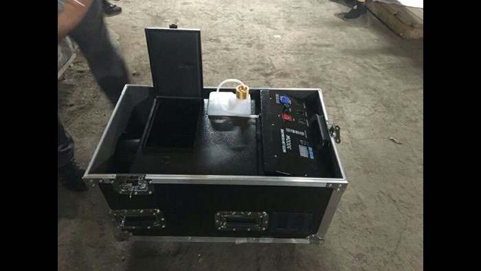 Продажа генератор снега, мыльных пузырей и дыма, тяжелый дым аппарат.. Photo 2