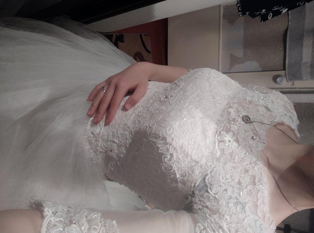 Свадебные платья почти новая