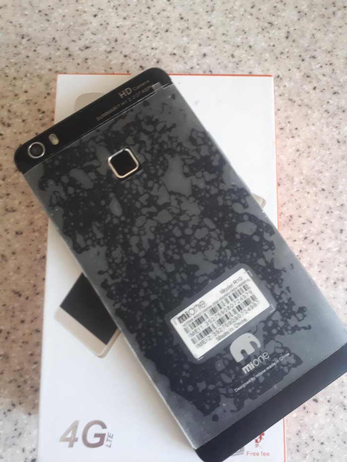 Продаю смартфон MiOne R10, почти новый, за 3000 KGS в Бишкеке