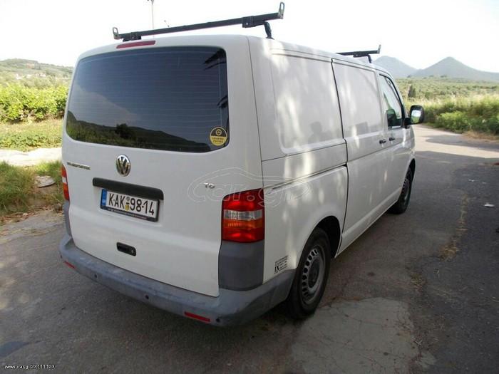 Volkswagen Transporter 2009. Photo 2