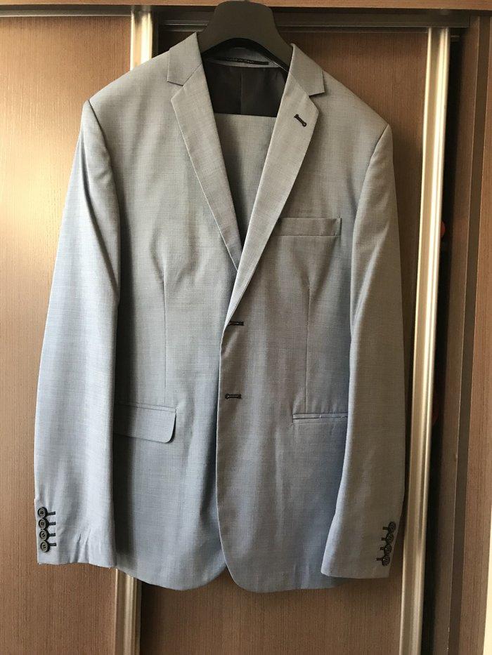 0ee68dd83965 Мужской костюм! Новый, цена: 2200 KGS в категории Костюмы - Бишкеке
