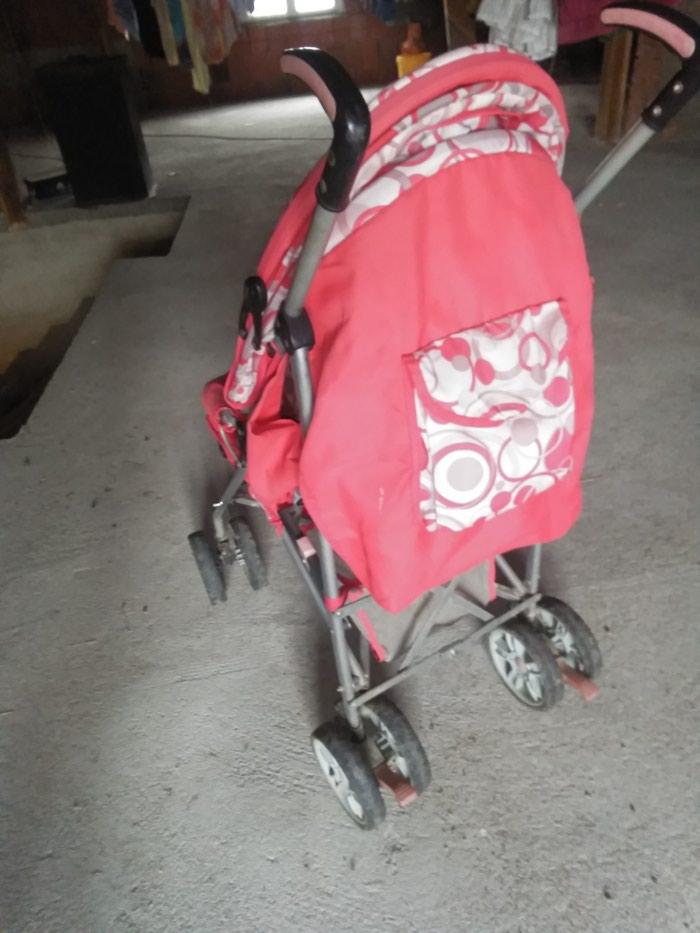 Kisobran kolica, vrlo prakticna. Photo 2