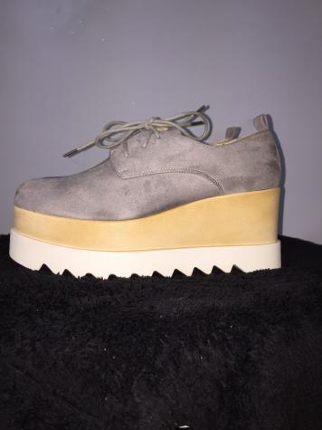 •Παπούτσια νο39 τύπου oxford