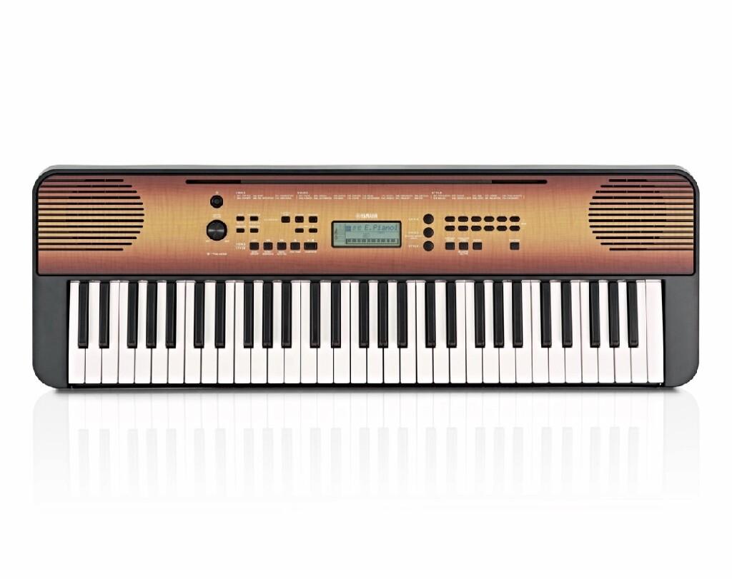 Синтезатор psr - 360