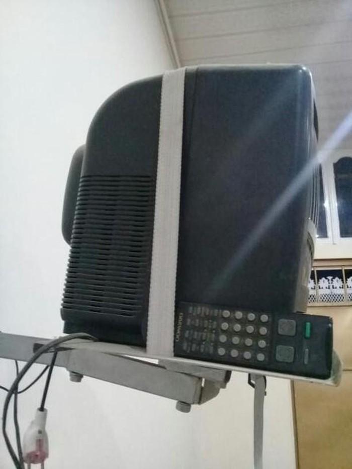 TV 45AZN GENCE. Photo 2