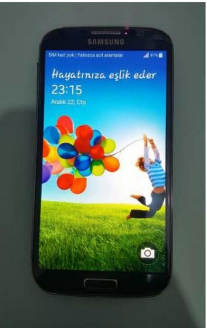 İşlənmiş Samsung Galaxy S4 16 GB qara. Photo 0
