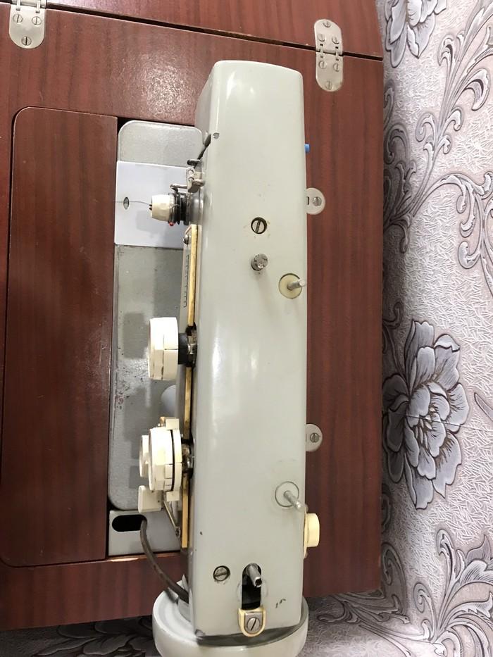 Советская швейная машинка рабочая настроенная в отличном состоянии. Photo 1