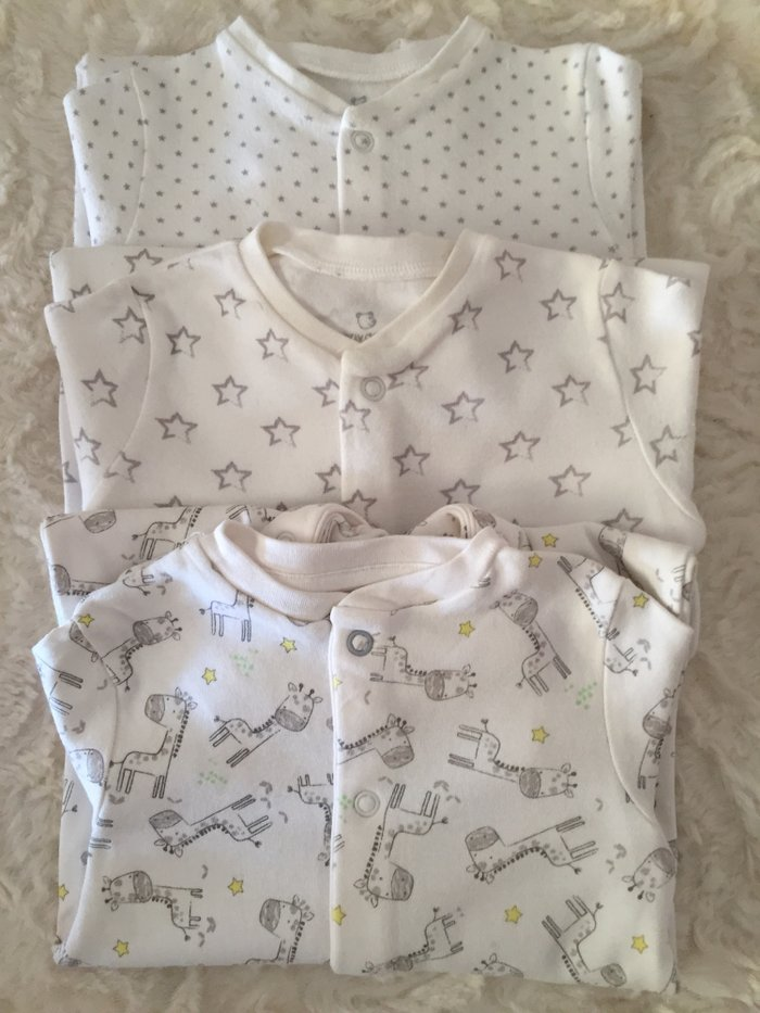 3 babygrows. 0-3 months. Very good condition.. Photo 0